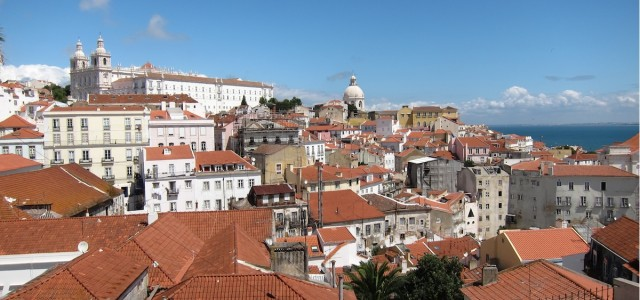 There is something so serene and peaceful about staring over the rooftops of ancient places. In Lisbon, the Miradouro das Portas Do Sol is the most breathtaking viewpoint overlooking this historical...