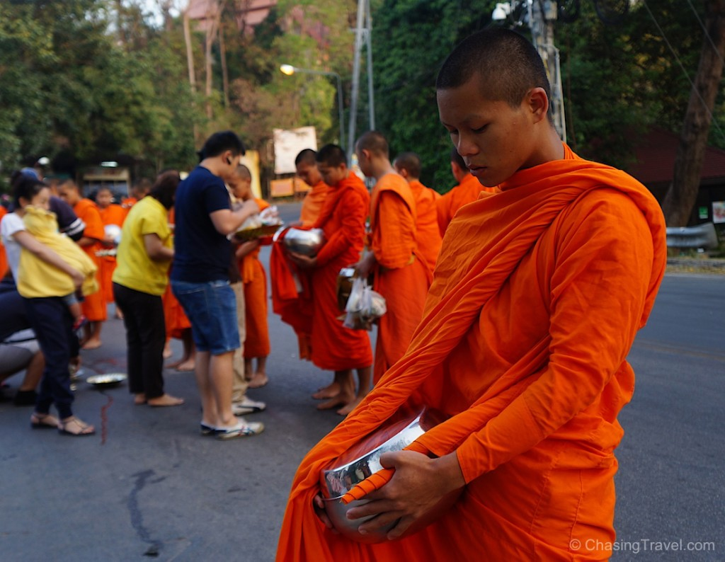 thai buddhist monk