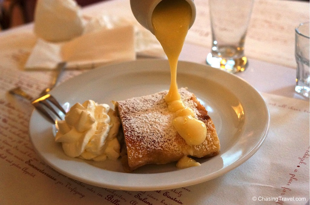Apple Strudel Prague food tour