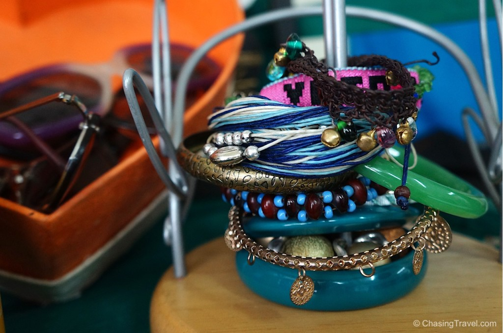 jewelry at Thai Freedom House to support refugees