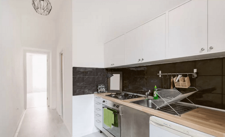 Best Budapest airbnb Apartment kitchen