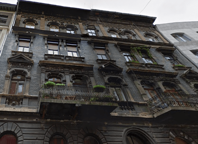 historical budapest building