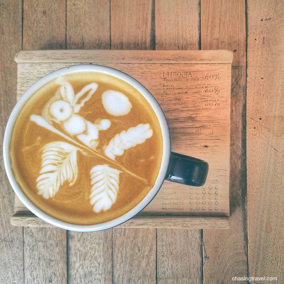 latte art rabbit